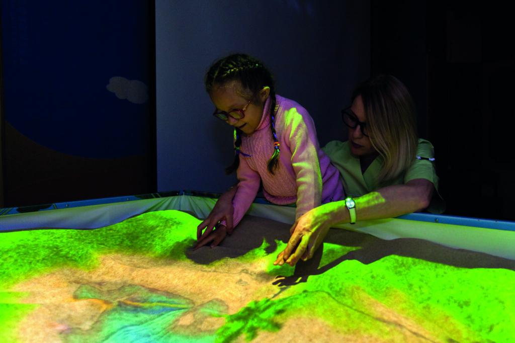 Интерактивная песочница iSandBOX Hope